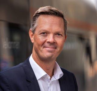 Adm.direktør Philipp Engedal liker godt at kundene til Flytoget nok en gang gir uttrykk for sin begeistring på Norsk Kundebarometer.