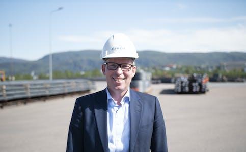 Administrerende direktør i Innovasjon Norge, Håkon Haugli, der Freyr bygger batterifabrikk i Mo i Rana. Foto: Mo Industripark